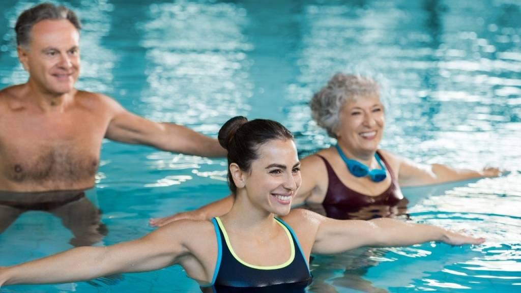 The Thames Club swim class -Wonderful World of Wellbeing